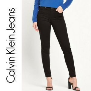 Calvin Klein Jeans - Calvin Klein Jeans Sculpted Black Skinny Jeans.